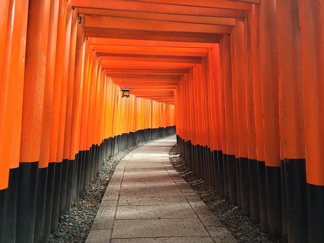 shrine-1031662_640.jpg